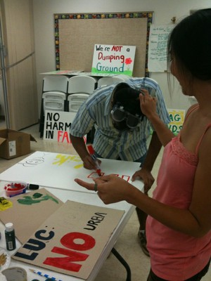 making signs for sign-waving in Wai`anae